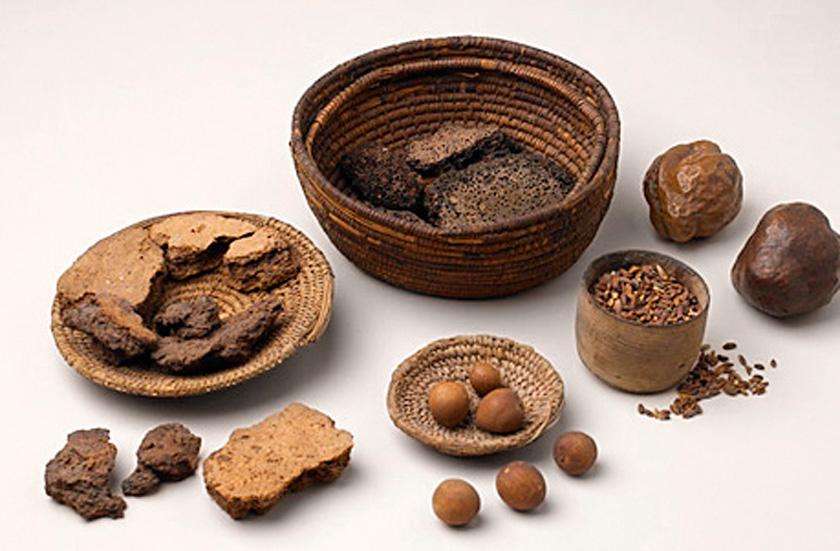 Hamura şekil verme fikrine ilk olarak M.Ö. 25'inci yüzyılda Eski Mısır'da rastlanıyor.