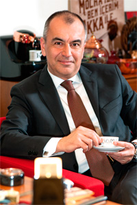 Türkiye pazarı zaten Arzum'u kabul etti ama dünyada Türk kahve makinesini sattırabilmek çok daha önemli ve büyük bir başarı bizim için.