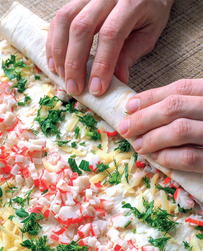 lavaş ekmeğinden pizza nasıl yapılır